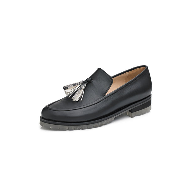 Women's Winter loafer shoes in black leather