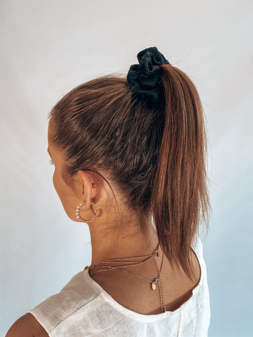 Small Scrunchie - Black