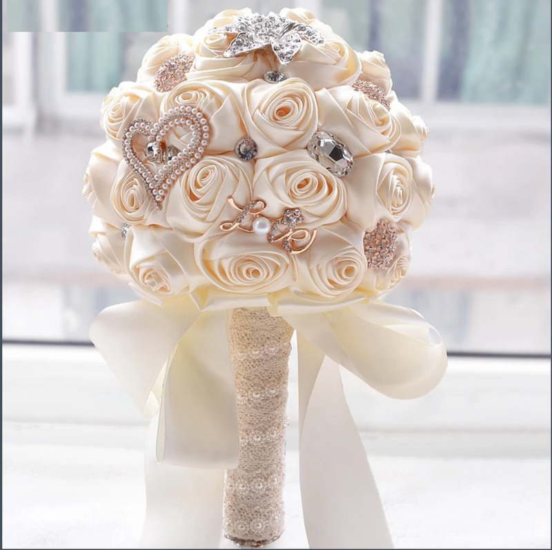 Crystal Sparkle With Pearls Bouquet - ChicShines