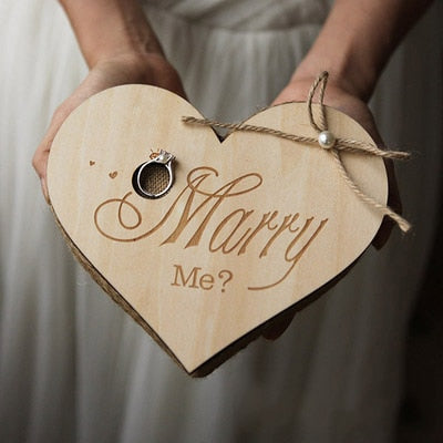 Proposal Ring Holder - ChicShines