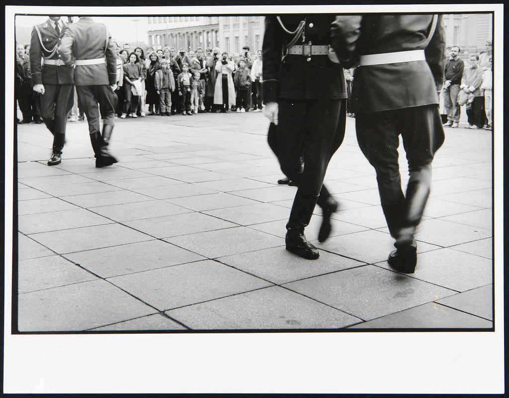 "Photography from the GDR. ""Der letzte Wachaufzug"", 1990. Photograph by Harald HAUSWALD"