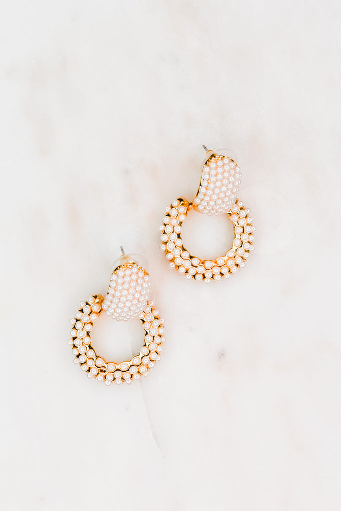 Sophisticated Pearl Earrings - Pomp & Circumstance