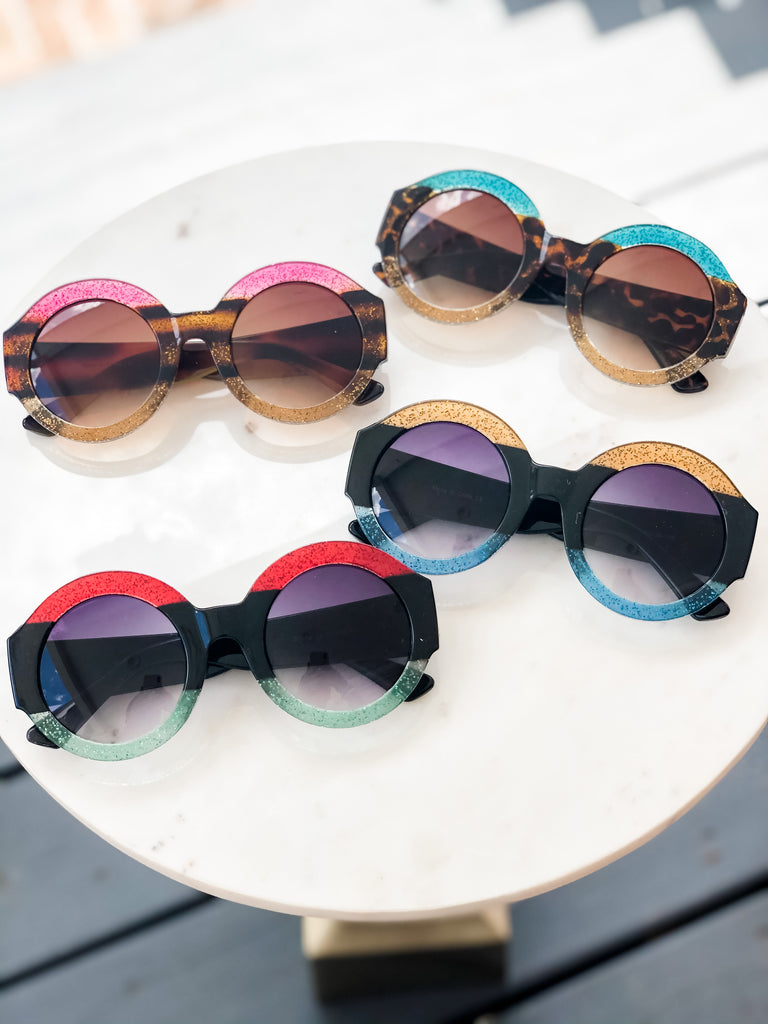 Round Framed Striped Sunglasses