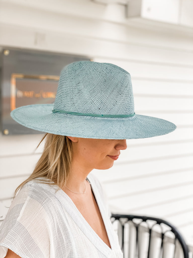 Stevie Straw Hat with Aqua Suede String***
