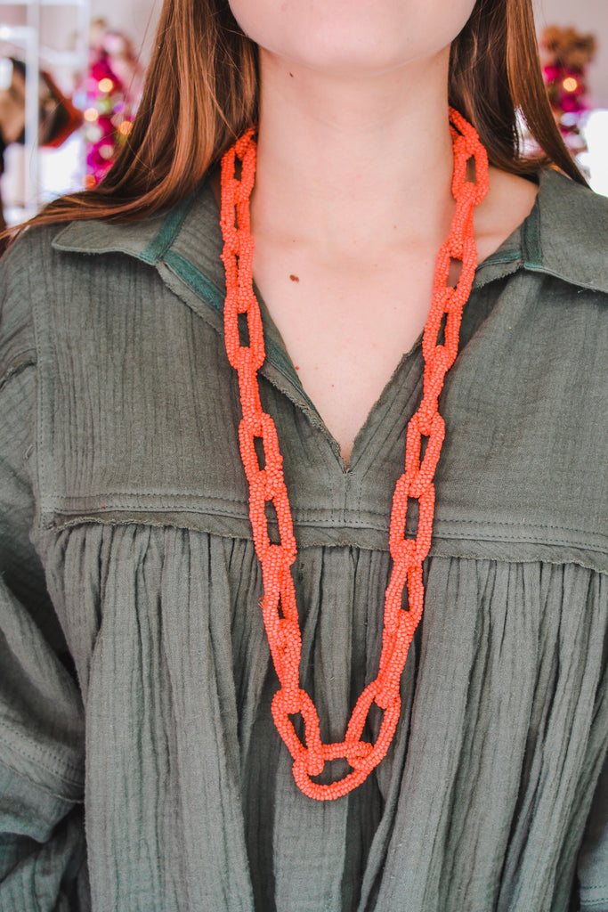 Loop and Loop and Loop Necklace- Coral