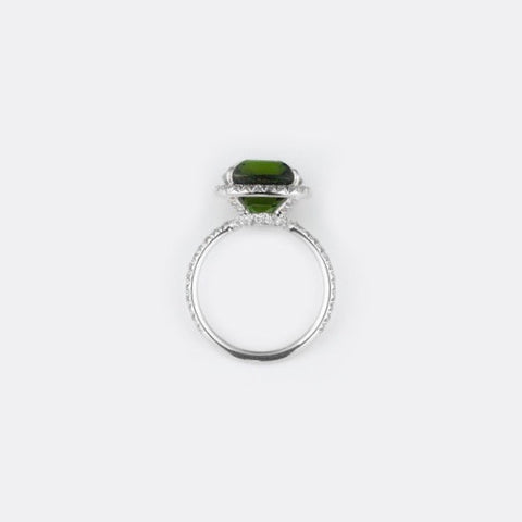 Emerald White gold Ring