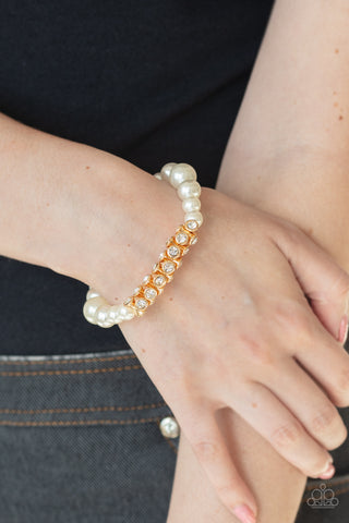 Traffic-Stopping Sparkle Gold Paparazzi Bracelet - JewelTonez Jewelry