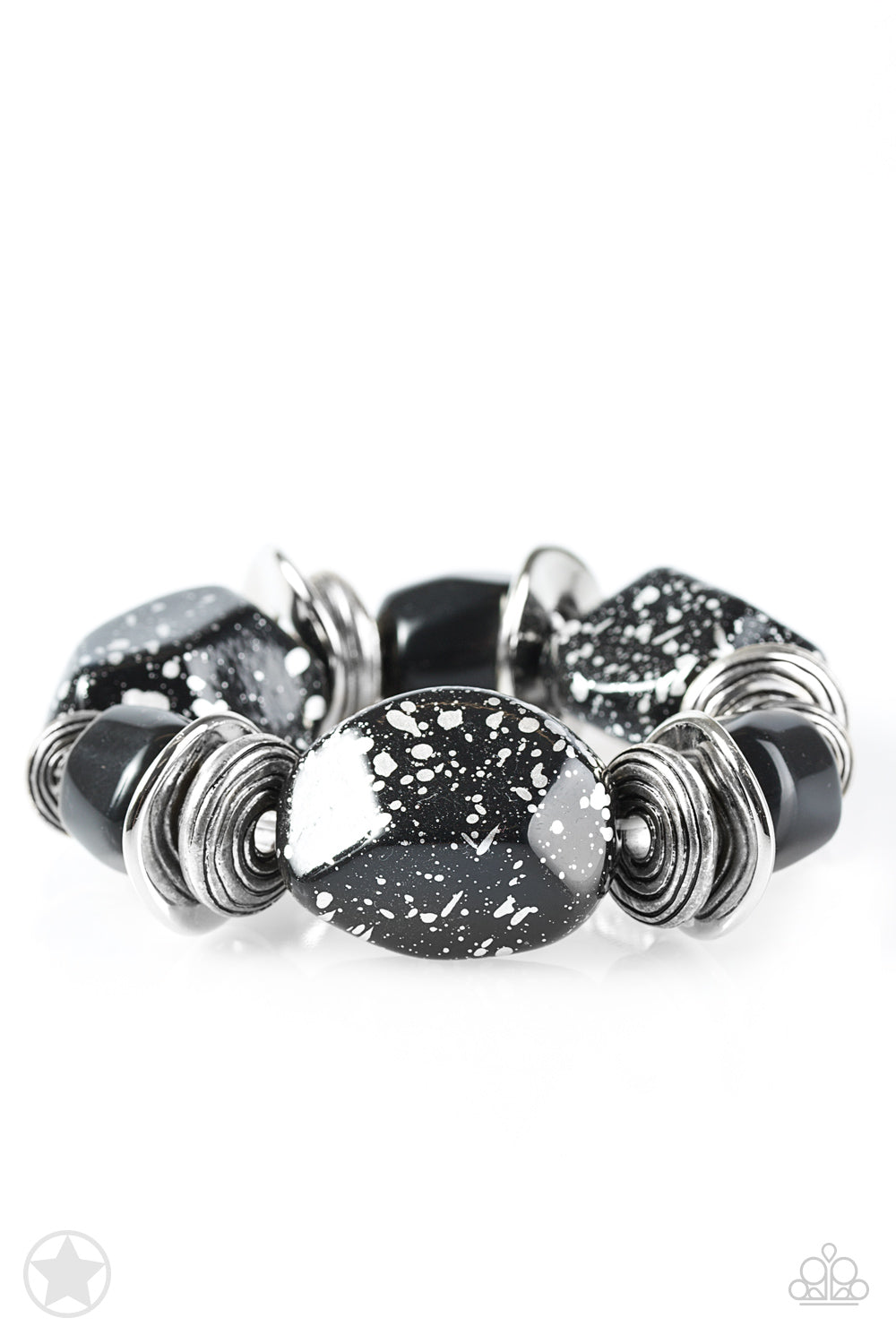 Glaze of Glory Black Bracelets Paparazzi Accessories - JewelTonez Jewelry