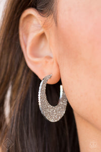 Country Cobblestone Silver Paparazzi Earrings - JewelTonez Jewelry