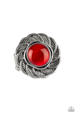 Gardenia Glow Red Ring - Paparazzi