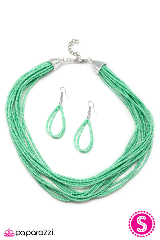 JewelTonez Wide Open Spaces Vintage Green Seed Bead Necklace