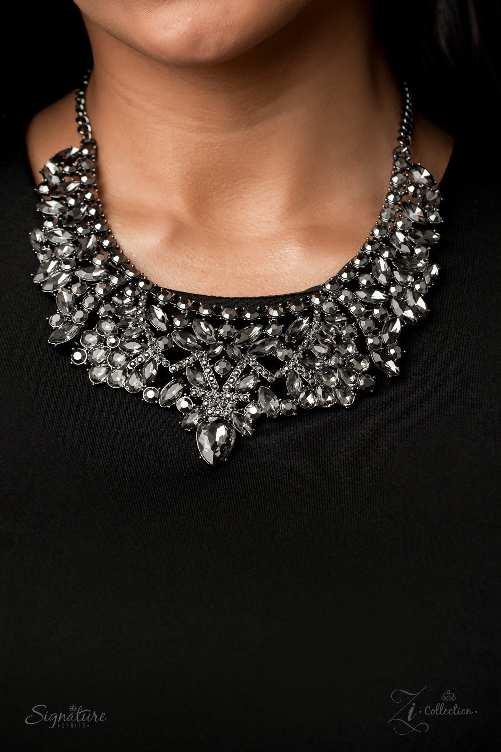 The Tina 2020 Paparazzi Zi Collection Gunmetal Necklace - JewelTonez Jewelry