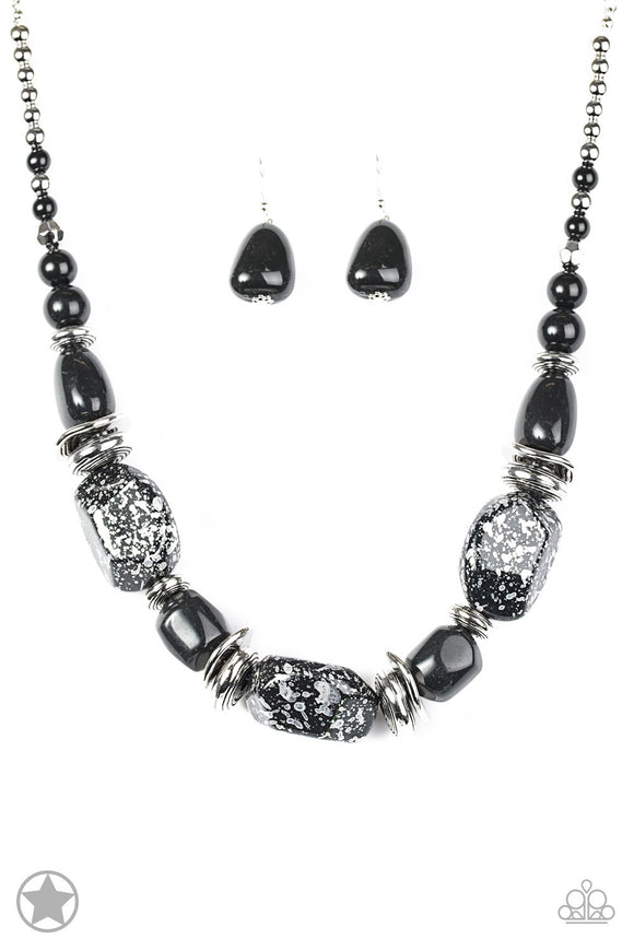 In  Good Glazes Black Chunky Blockbuster Necklace -  Paparazzi Accessories Necklace set - Paparazzi Accessories