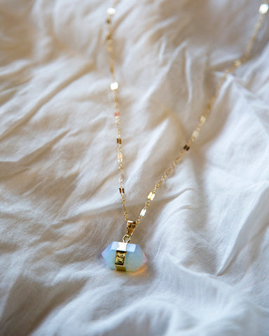 Gemstone Choker — Opal — Necklace