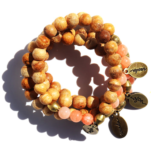 Palo Santo w/ Peach Jade Accent — Beaded Bracelet