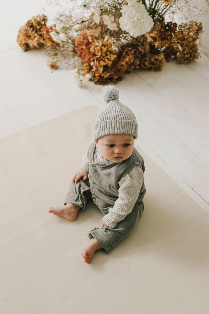 Pom Pom Hat Light Grey Marle