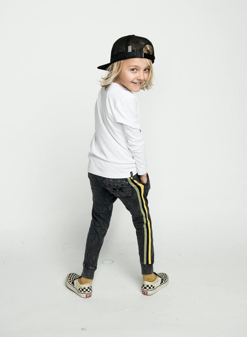 Munster Washed Out Trackpant Black | Tiny People