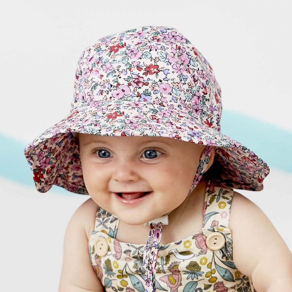 Acorn Bloom Infant Hat | Tiny People