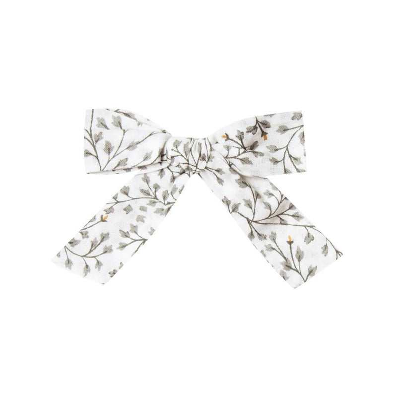 Bow Dainty Leaves