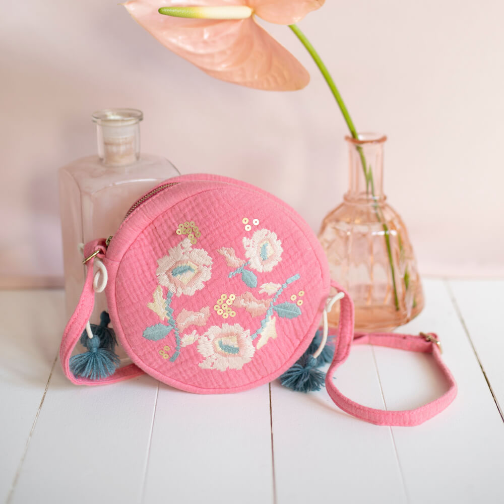Louise Misha Suzy Bag Strawberry | Tiny People