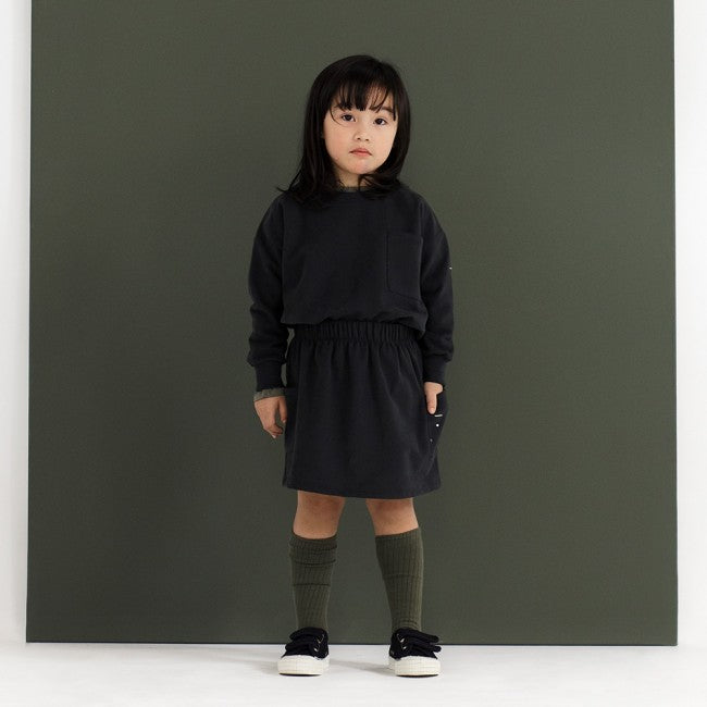 Gray Label Pocket Skirt (Nearly Black) | Tiny People