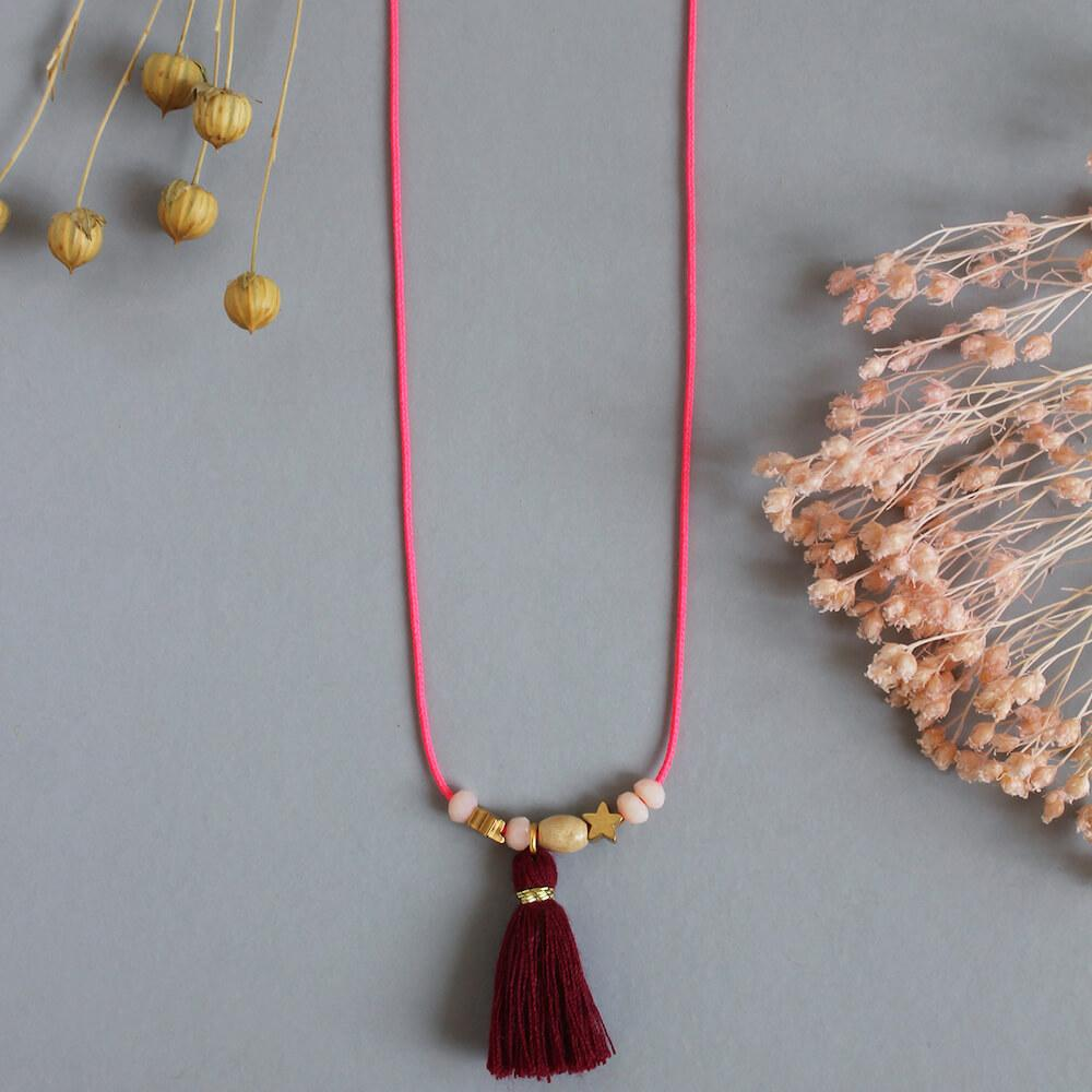 Aela Necklace Burgundy