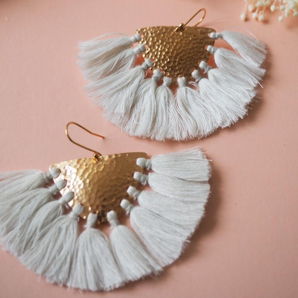 Women's Makawe Earrings Cream