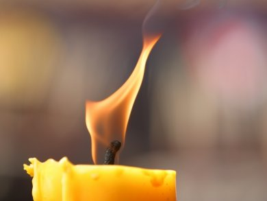 Do your candles produce black soot?