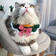 Load image into Gallery viewer, Christmas-Bow-Cat-Collar-Charm
