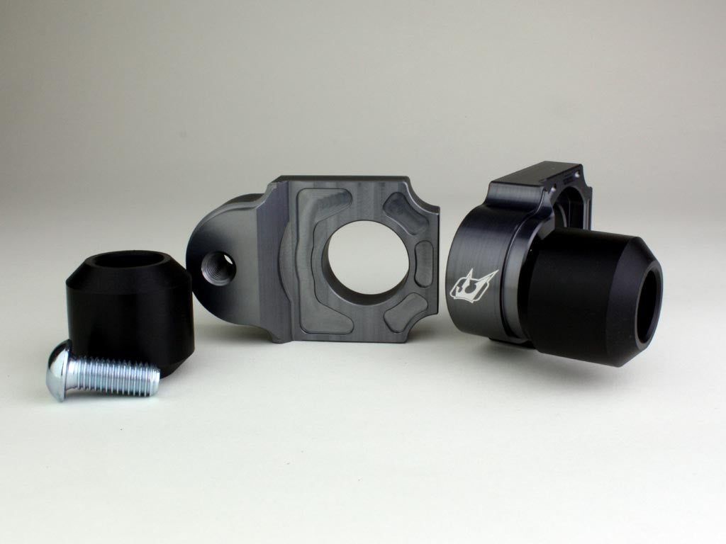 Driven Racing Axle Block Sliders GSX 1300R: Suzuki - Tacticalmindz.com