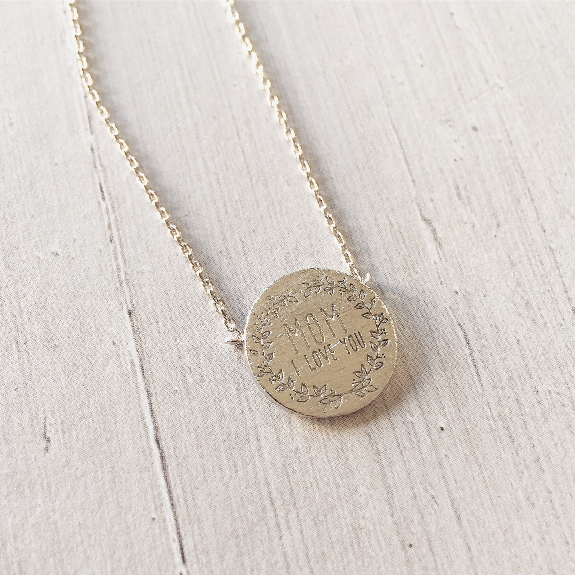 MOM I LOVE YOU- Necklace