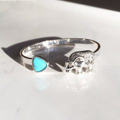 ELEPHANT & TURQUOISE STONE - Bangle