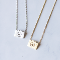 CAMERA -NECKLACE