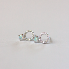 MINI PAVE CIRCLE & OPALESCENT STONE - Earrings