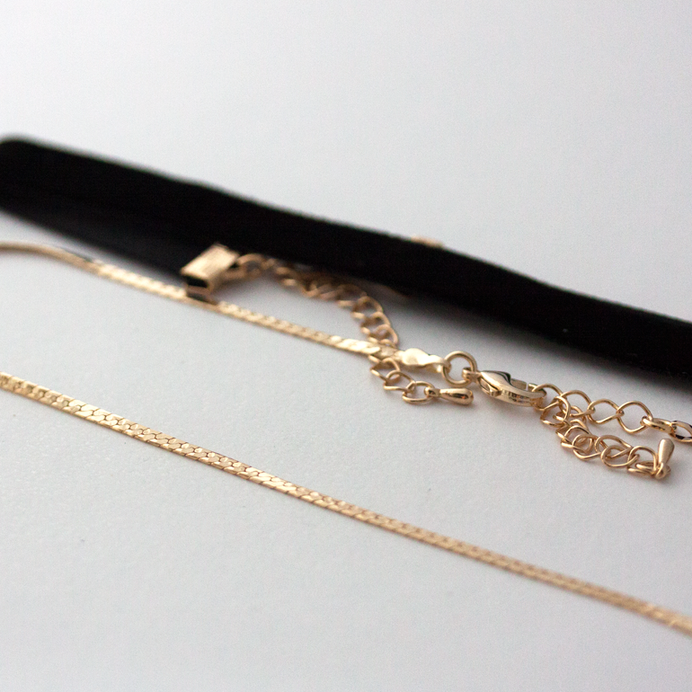 THIN LINE CHOKER SET - Necklace