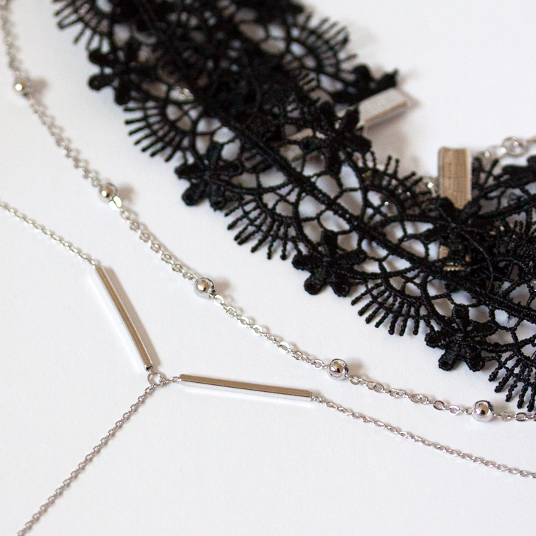 MULTI LACE CHOKER -Necklace