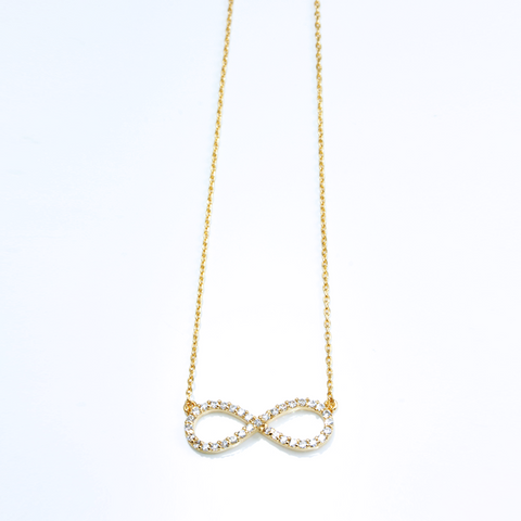CRYSTAL INFINITY - NECKLACE