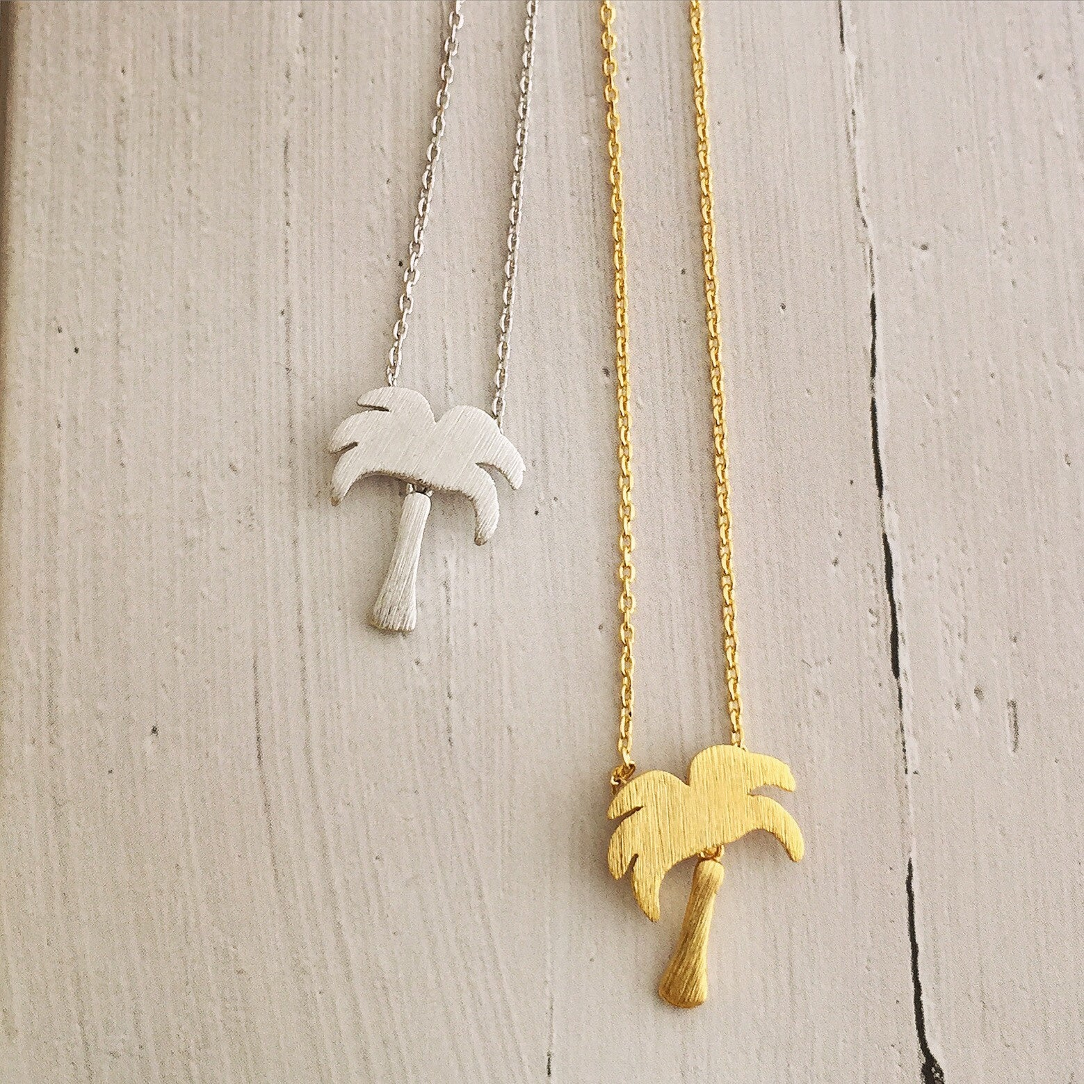 PALM TREE - NECKLACE