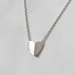 FOLDED HEART - Necklace