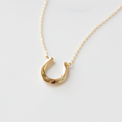 SILVER HORSESHOE -Necklace