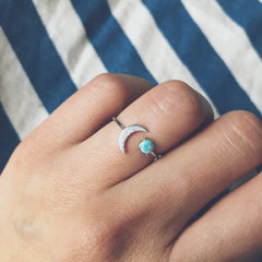 ADJUSTABLE OPAL MOON -Ring