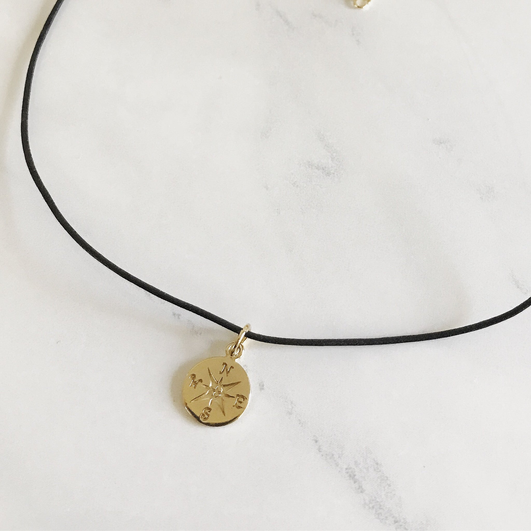 COMPASS CHOKER - Necklace