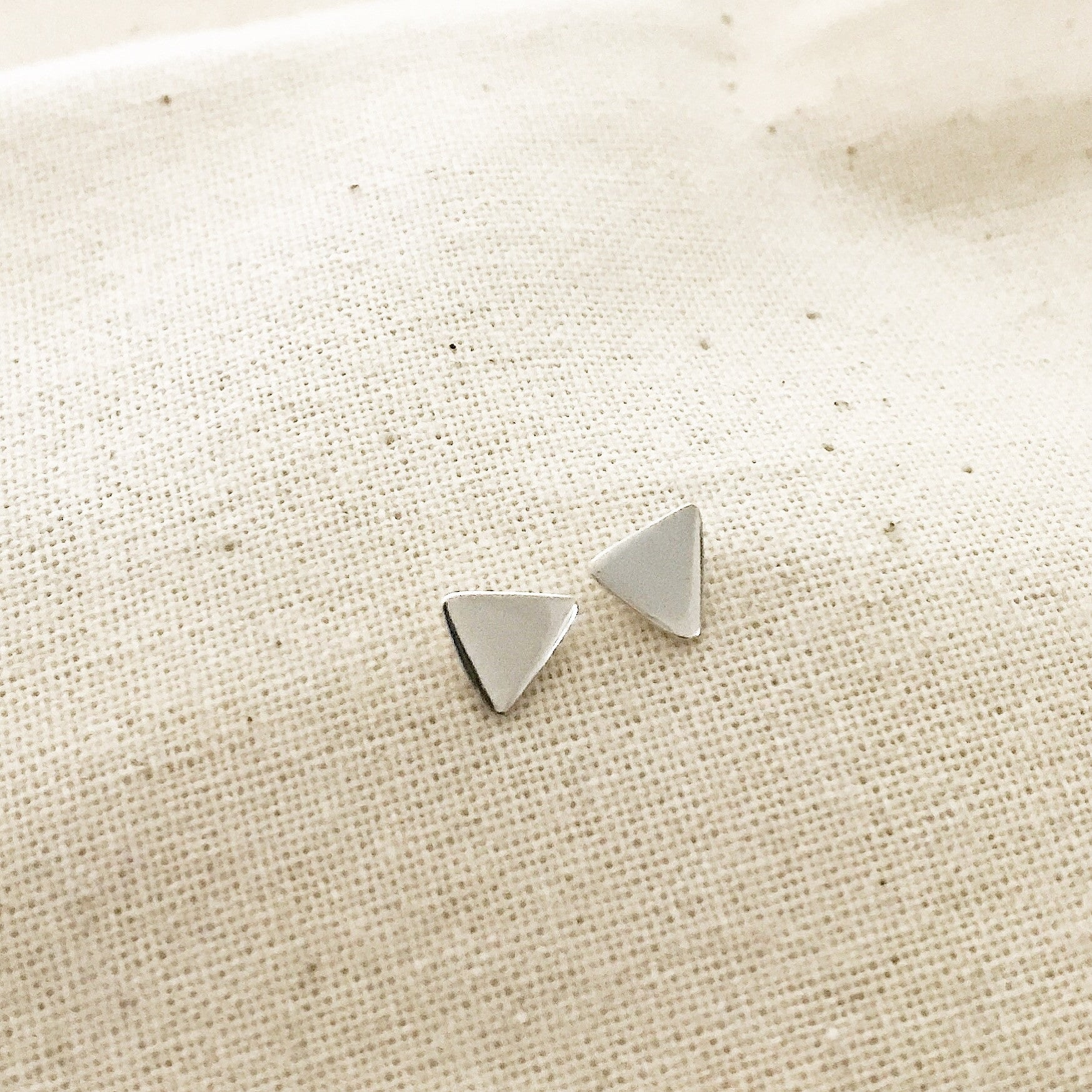 TINY TRIANGLE STUD- Earrings