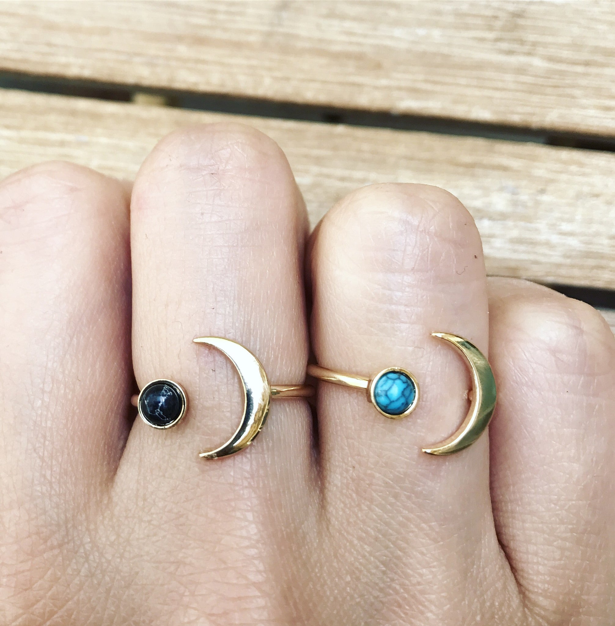 CRESCENT & MARBLE STONE - Ring