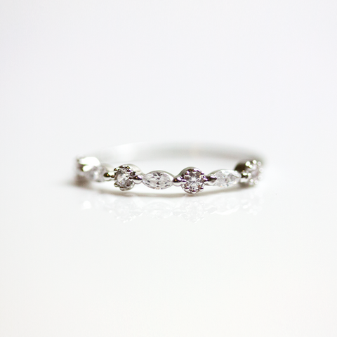CRYSTAL KNUCKLE - RING