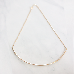 LONG CURVED TUBE - Necklace