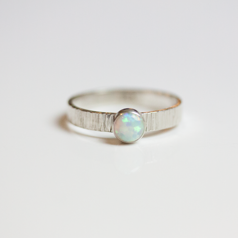 SILVER OPAL -RING