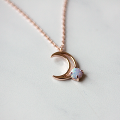 MOON WITH OPAL -Necklace