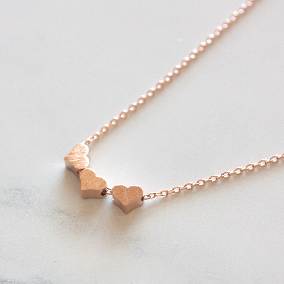 THREE HEARTS - Necklace