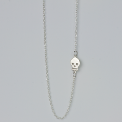 HEART EYED SKULL –  NECKLACE